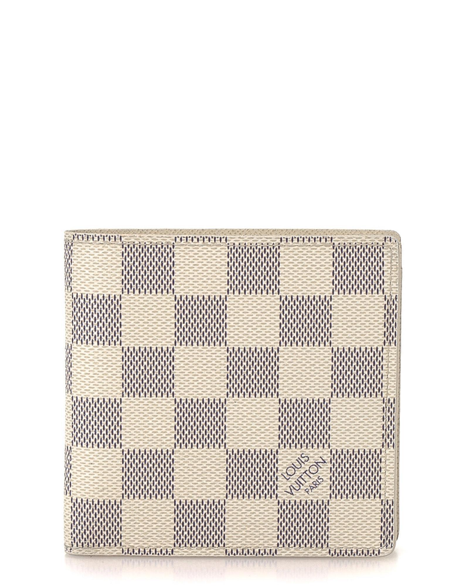 7d4e6086ef46 Lyst - Louis Vuitton Damier Azur Marco Wallet - Vintage in White