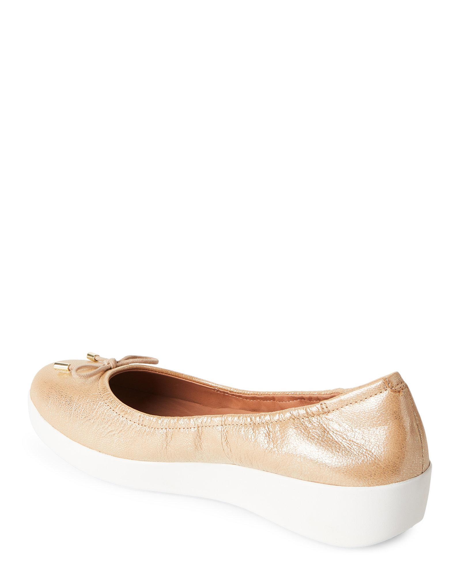 73db88848098 Lyst - Fitflop Gold Superbendy Ballerina Demi Wedge Flats in Metallic