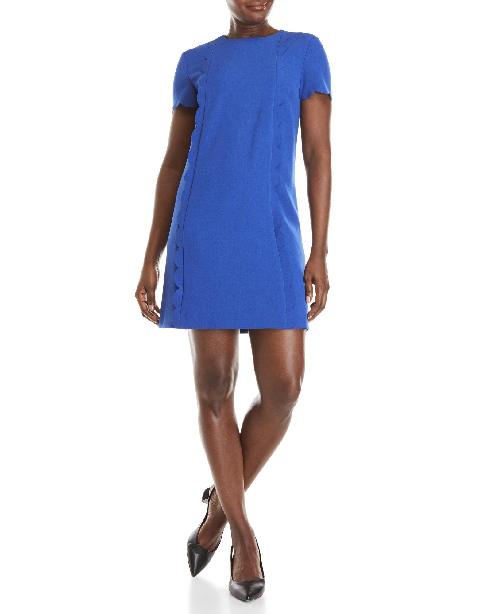 fb7368ce313ad Tahari Short Sleeve Scalloped Shift Dress in Blue - Lyst