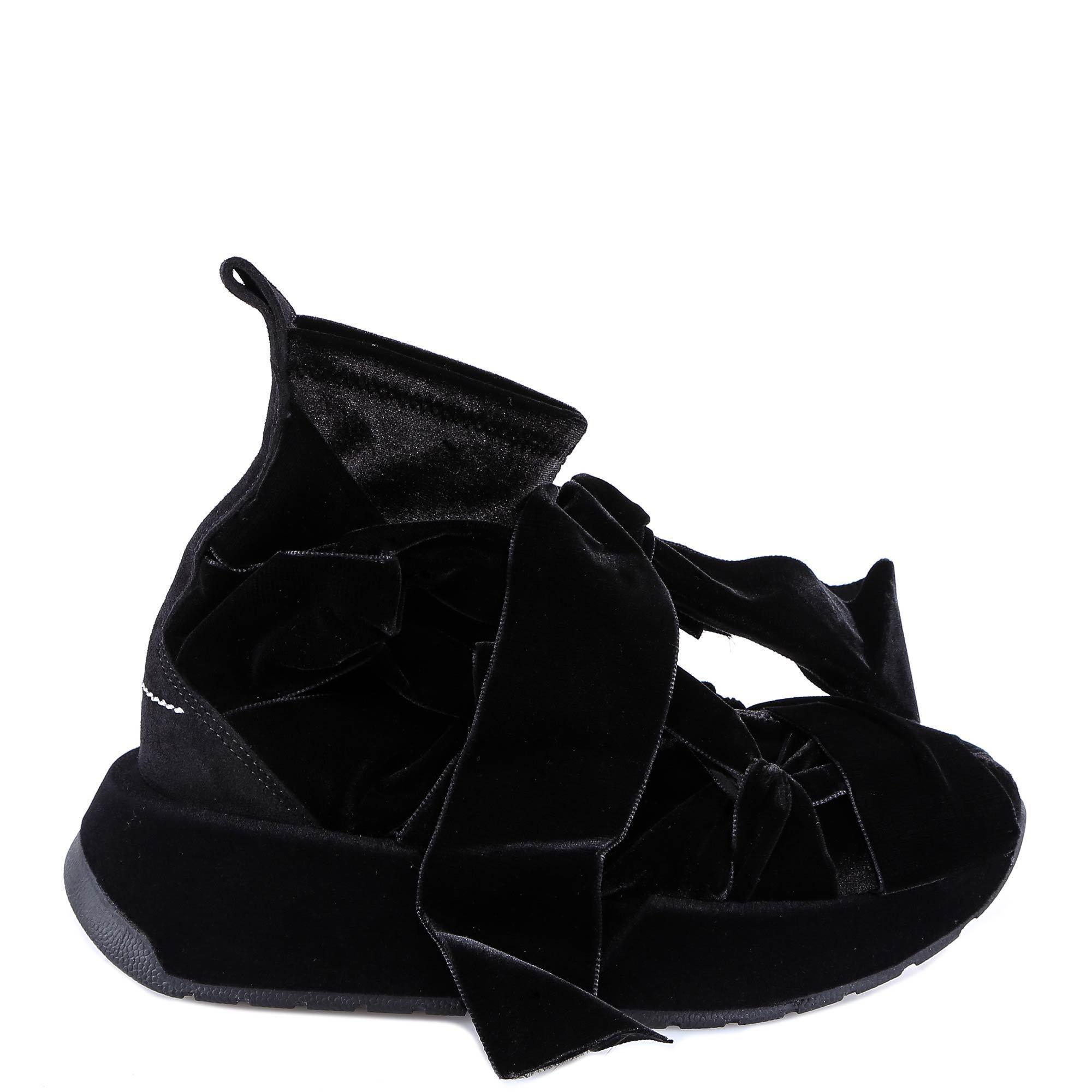 3addd93b7b6f2 Lyst Mm6 By Maison Martin Margiela Bow Sneakers In Black