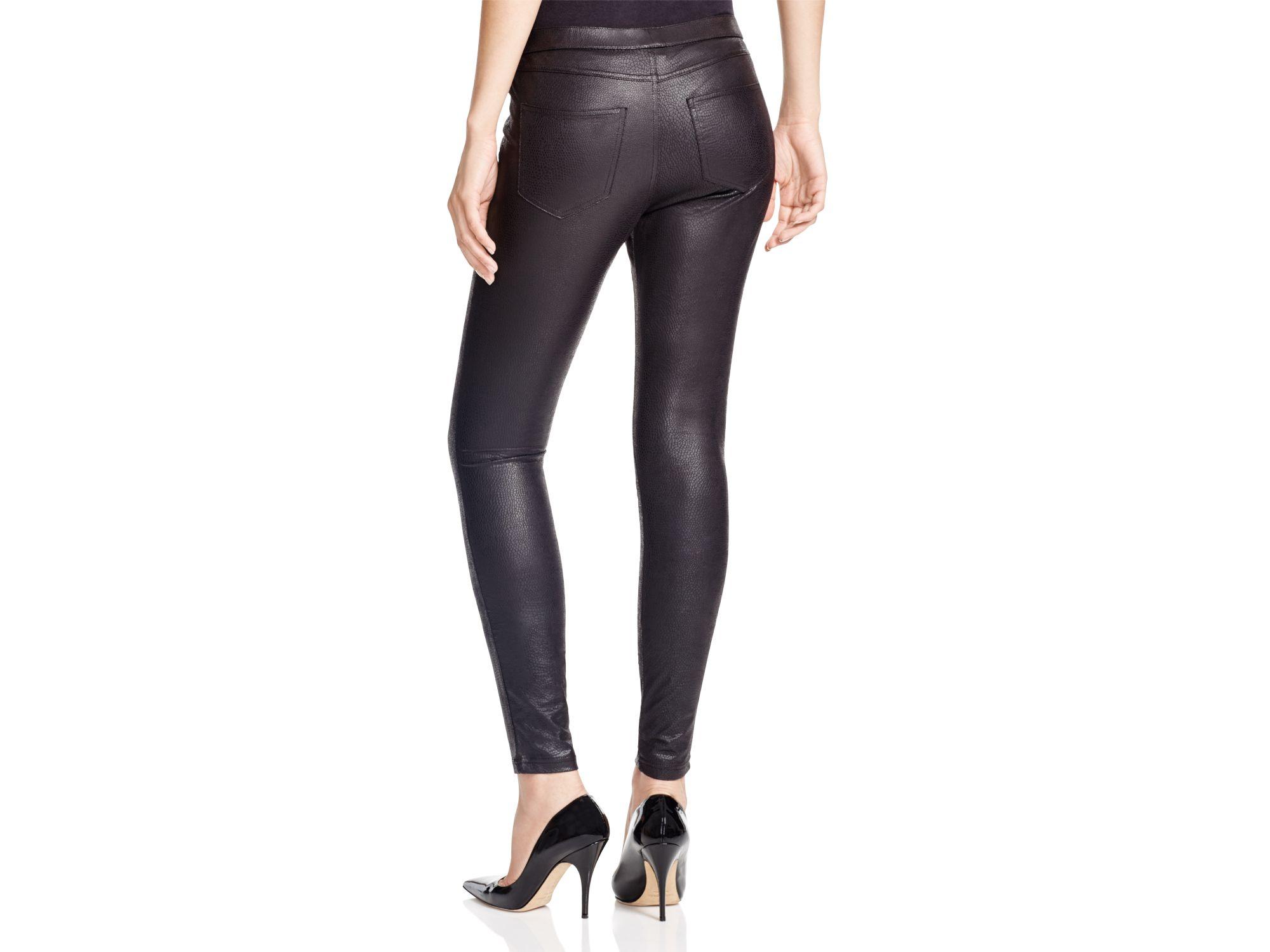 Lyst - Hue Python-embossed Leatherette Leggings in Black
