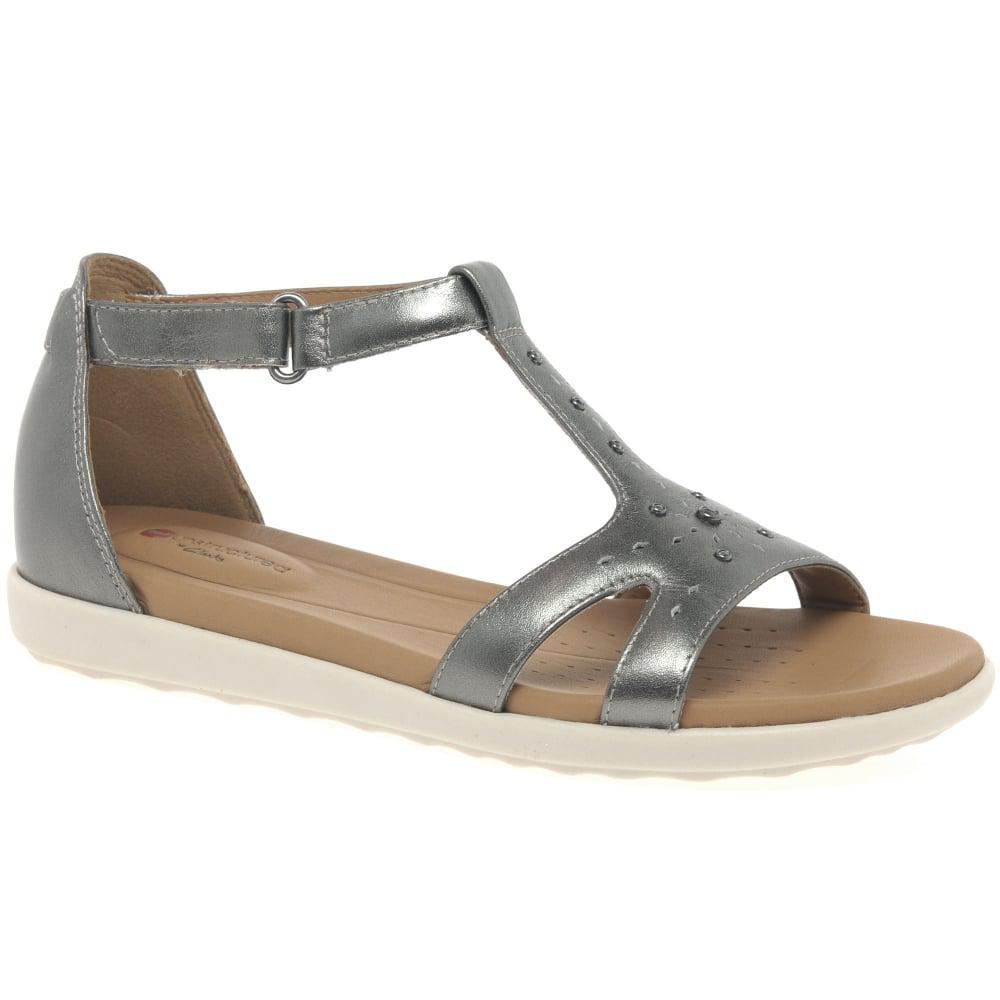 1658a189421a37 Clarks Un Reisel Womens Studded Sandals in Metallic - Lyst