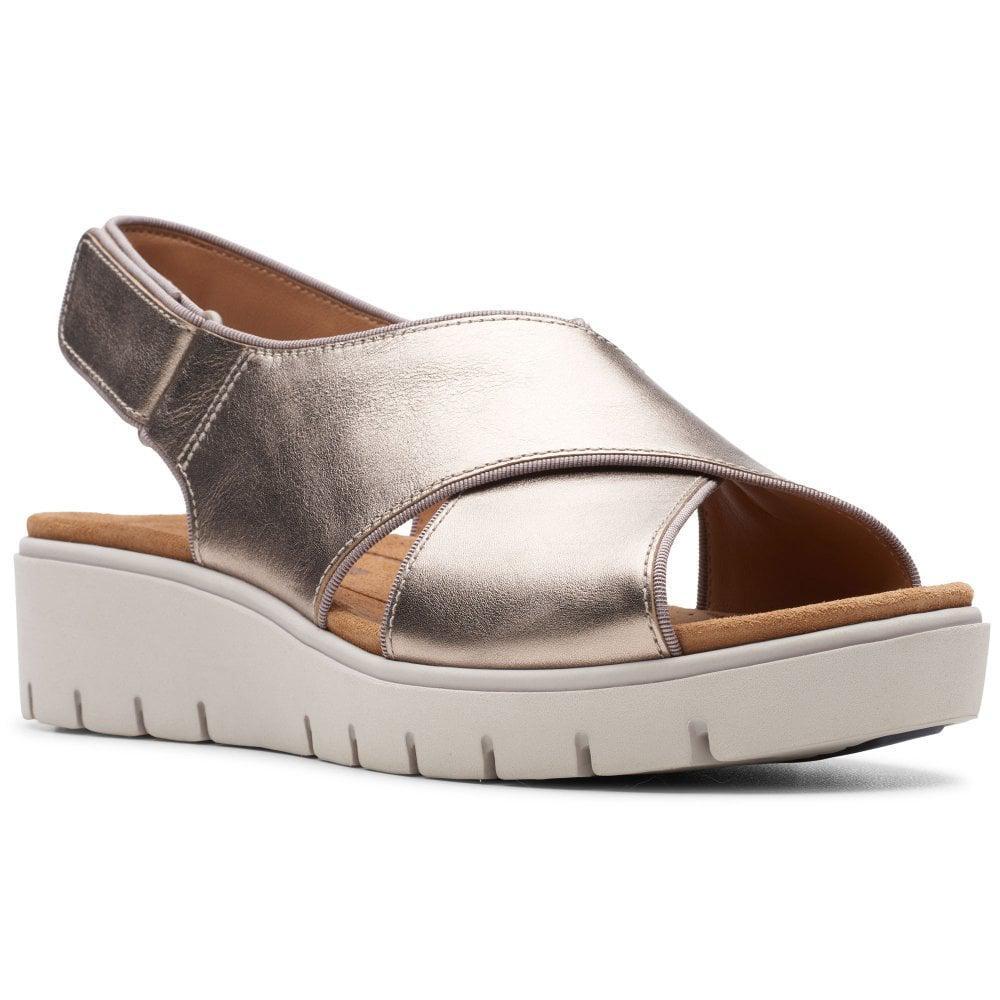 975cad15f000ed Clarks Un Karely Sun Womens Sandals in Metallic - Lyst