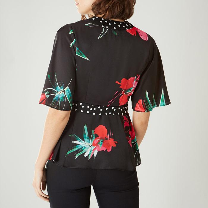 e17710bb5d Coast Floral Print  evie Rose  Top in Black - Lyst