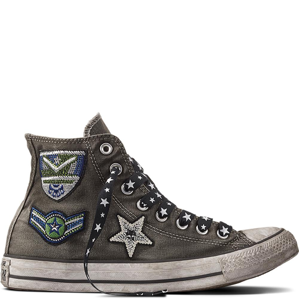 07414429c712 Gallery. Previously sold at  Converse · Women s Converse Chuck Taylor ...