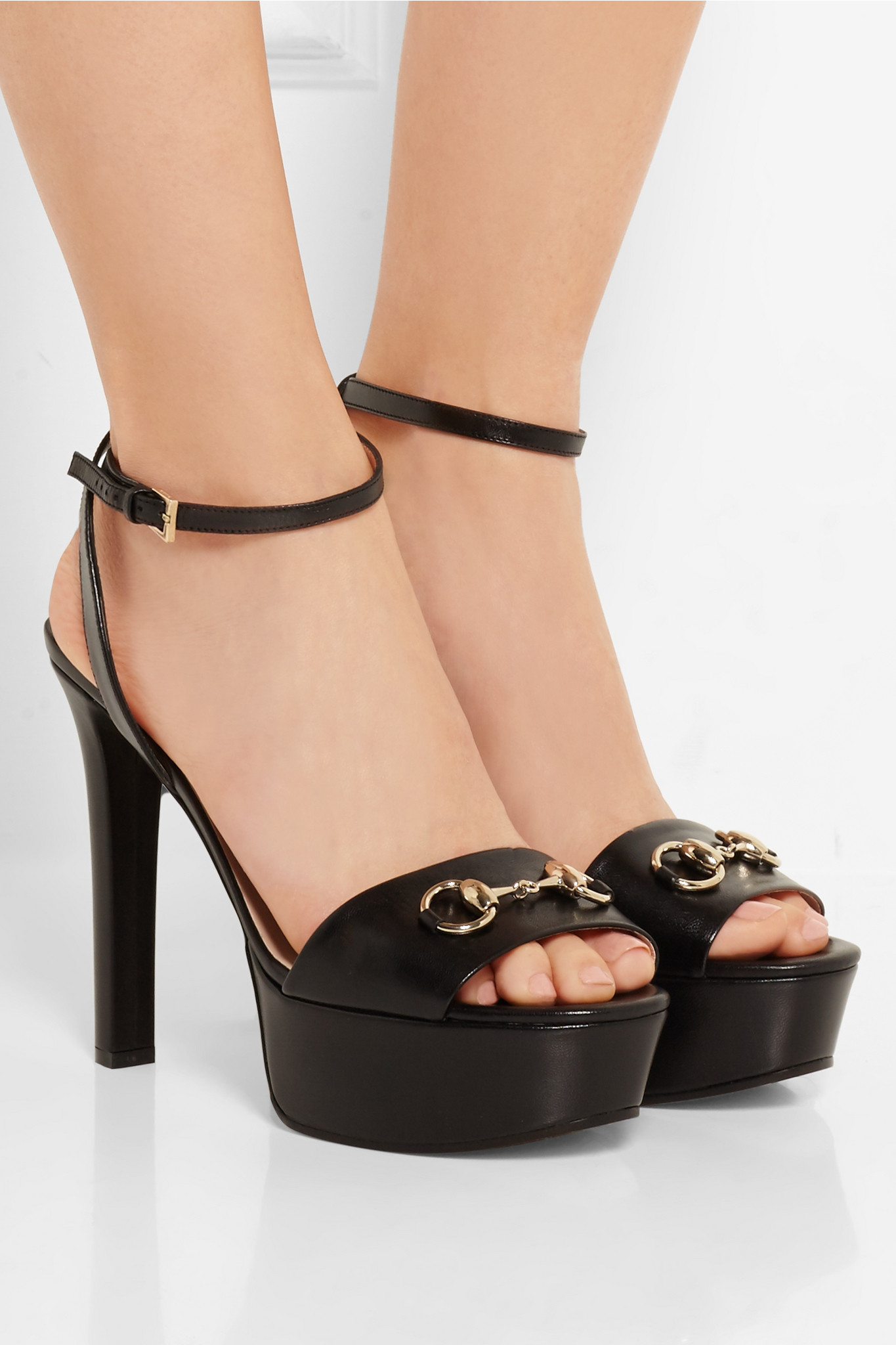 Gucci Horsebit Detailed Leather Platform Sandals In Black