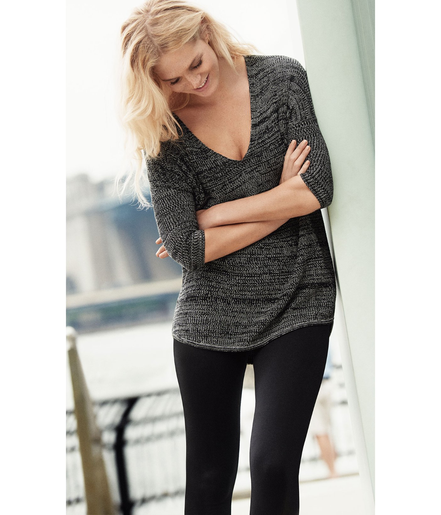 Express Marled London Tunic Sweater in Black | Lyst
