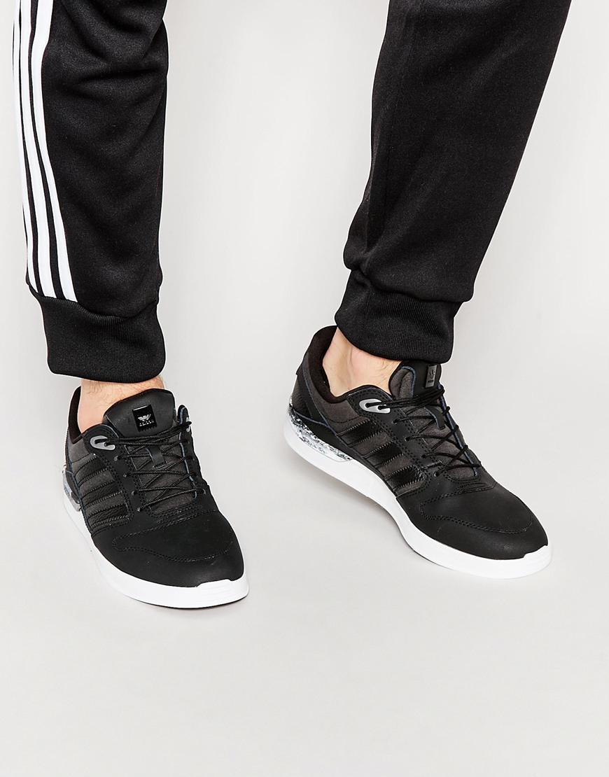 lyst adidas originali zx te classificati formatori d68628 in nero