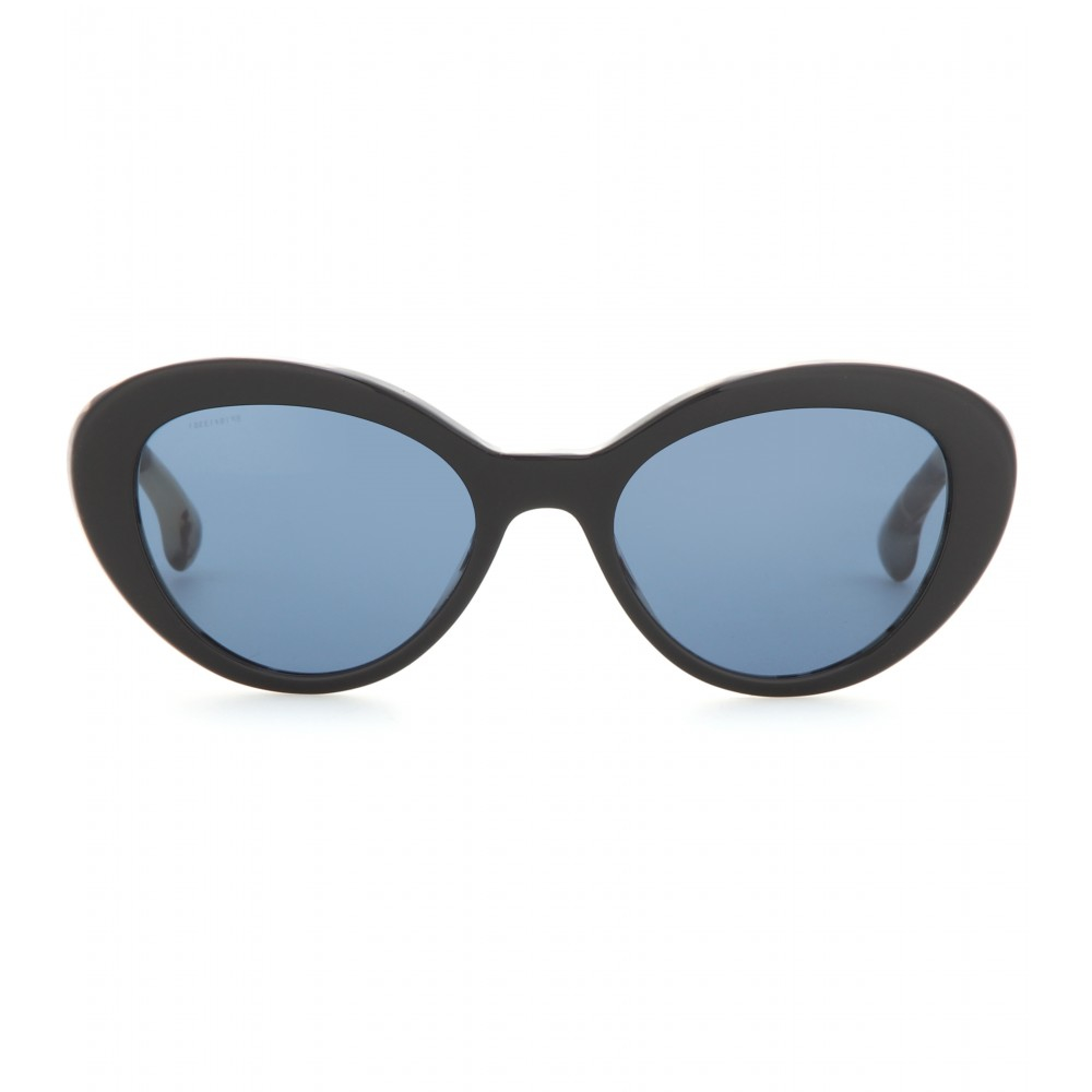 7592201e848 Gallery. Previously sold at  Mytheresa · Women s Cat Eye Sunglasses ...