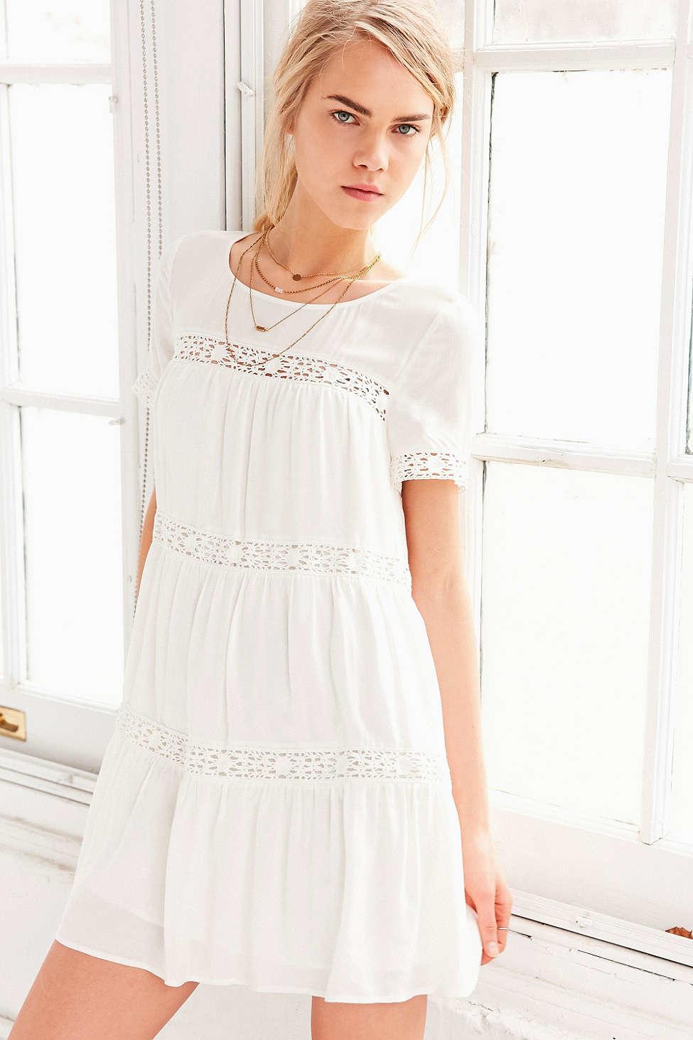 c1fd8580dc6 ALICE   UO Eleonora Crochet Inset Dress in White - Lyst