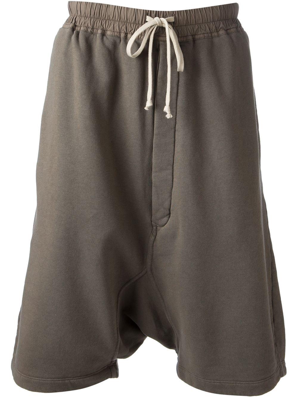 Crotch Shorts Schamlippen