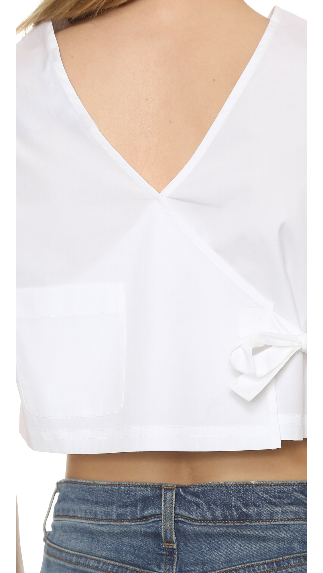 a7cf317be Marc By Marc Jacobs Short Sleeve Crop Top in White - Lyst