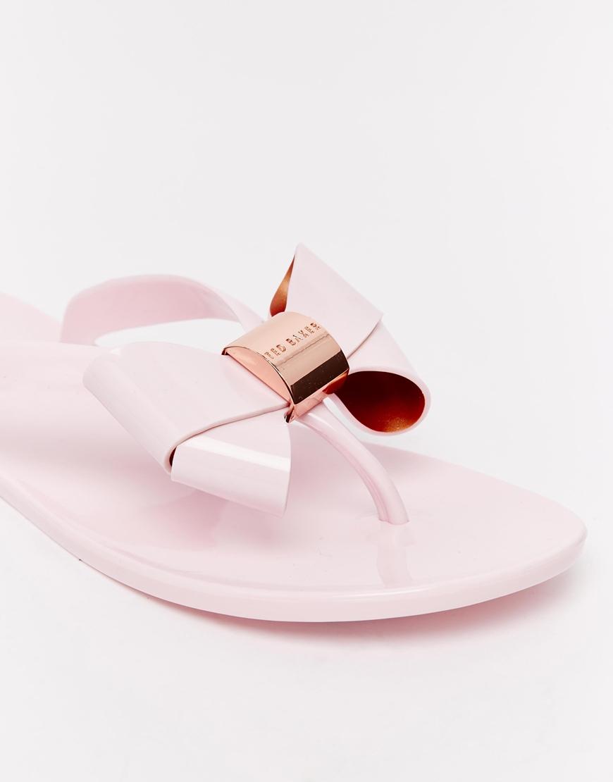 93a771580d3001 Lyst - Ted Baker Ettiea Pink Oversized Bow Flip Flops in Pink san francisco  10b6f a6267 ...
