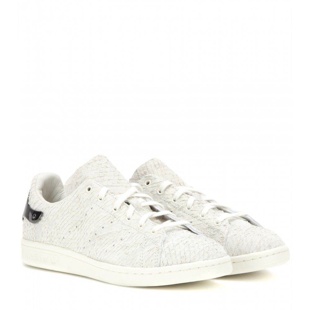 lyst adidas stan smith embellished suede sneakers in white. Black Bedroom Furniture Sets. Home Design Ideas