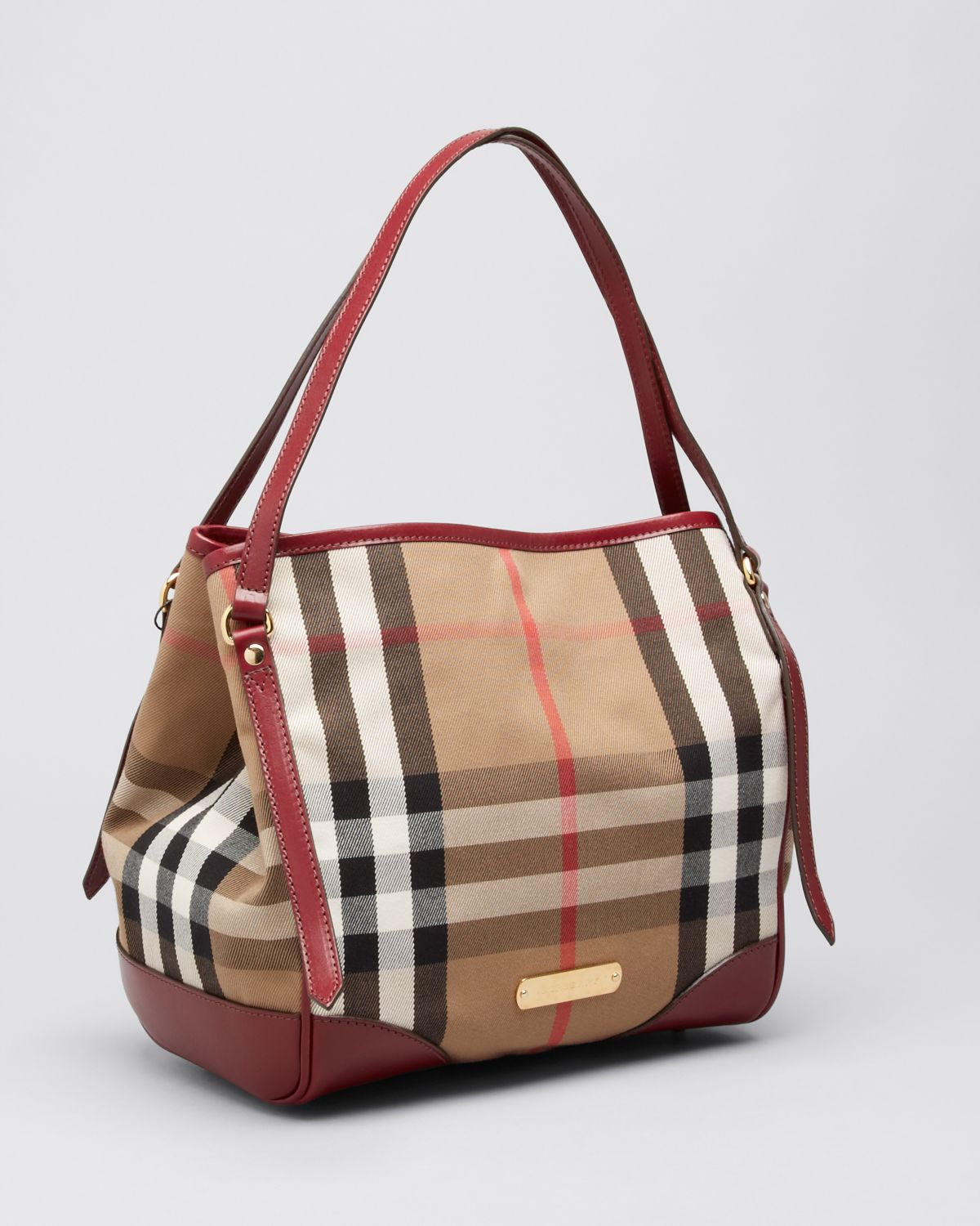 9698e134001 Gallery. Previously sold at: Bloomingdale's · Women's Burberry House
