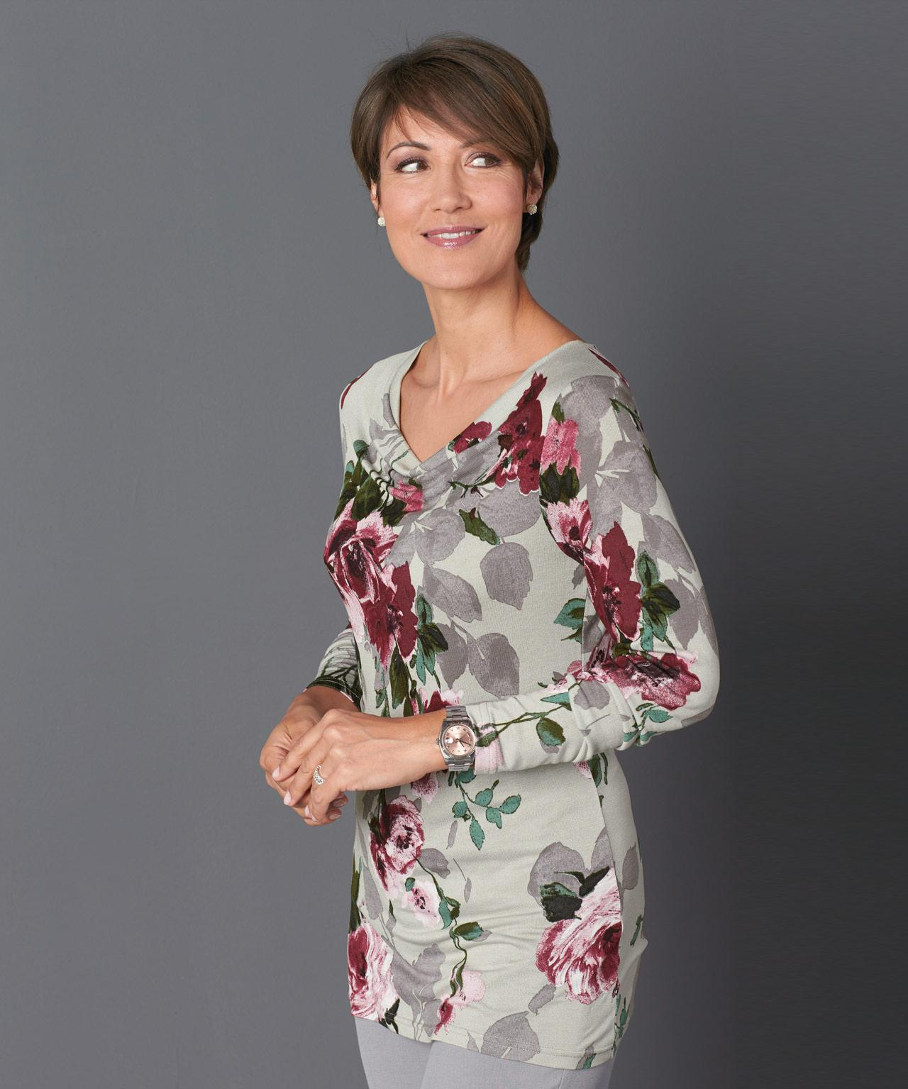 a4811870cf Gallery. Previously sold at: Damart · Women's Tunics ...