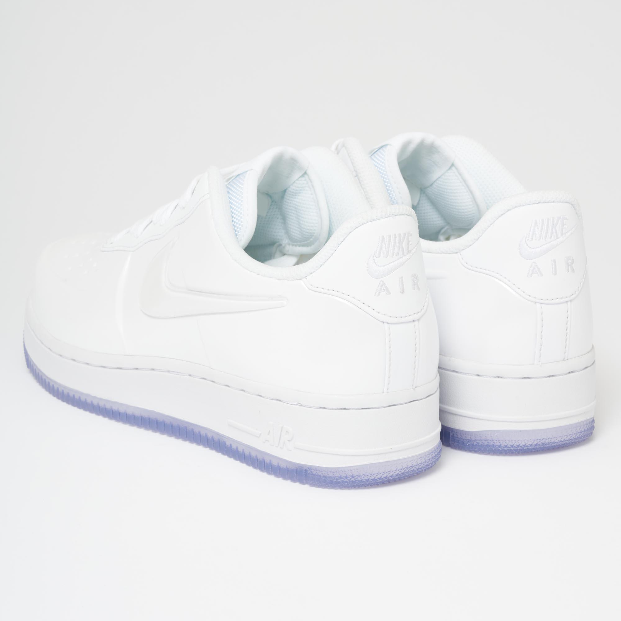 Nike Men's AIR Force 1 Foamposite PRO Cupsole Shoe Triple White