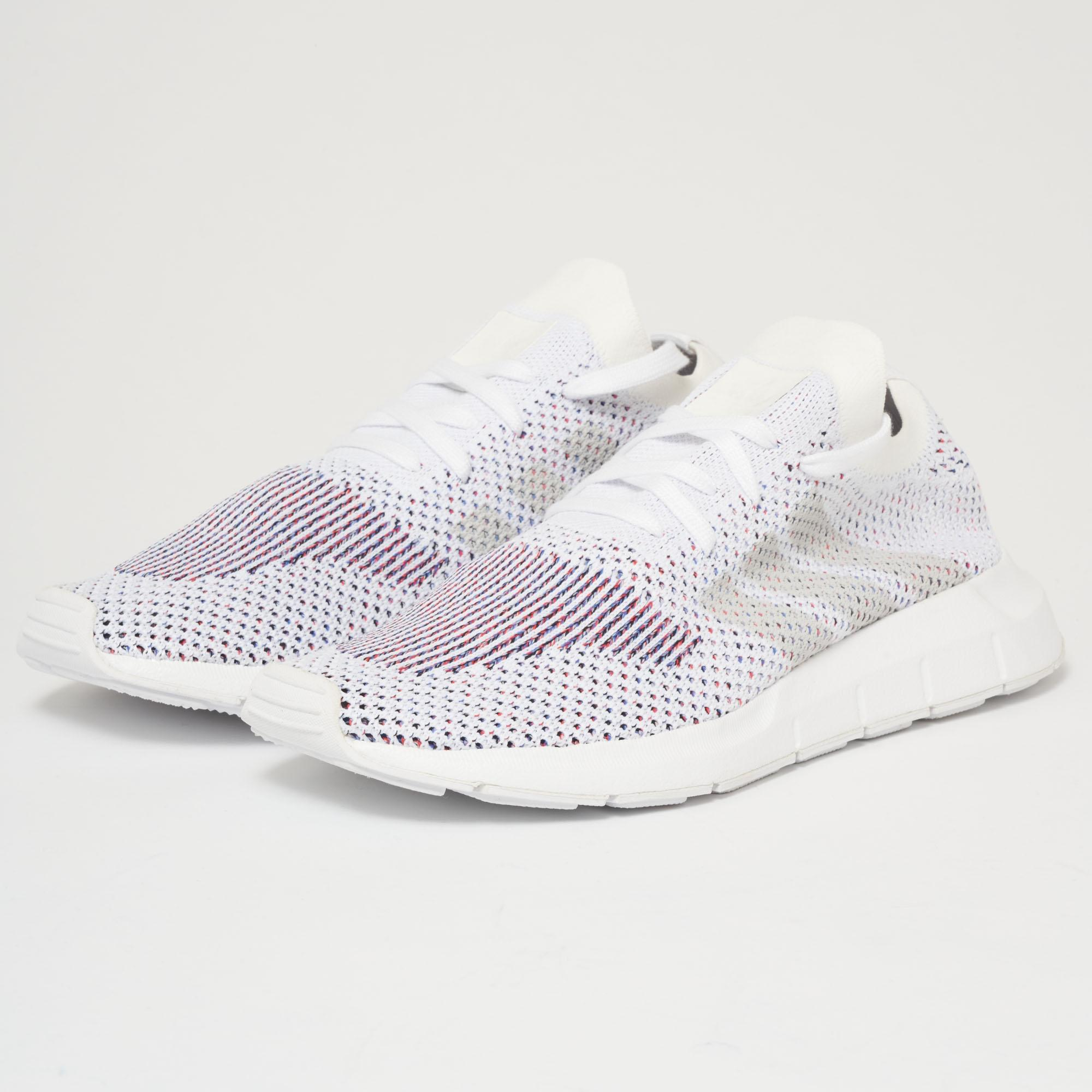 ... hot products deac6 be4f6 Lyst - Adidas Originals Swift Run Pk - Ftw  White Grey One ... ad64290fb