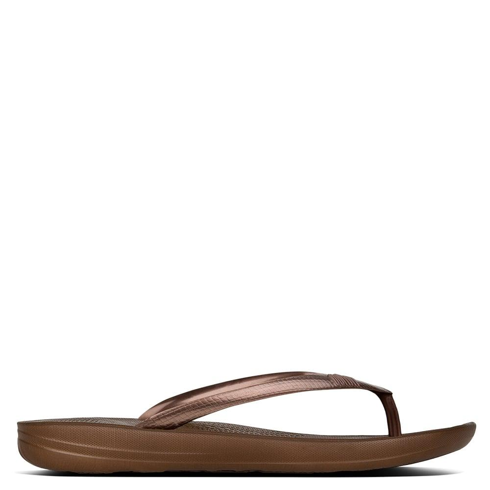 49b1c0b01f7c Lyst - Fitflop Iqushion Bronze Toe Post Flip Flops in Brown