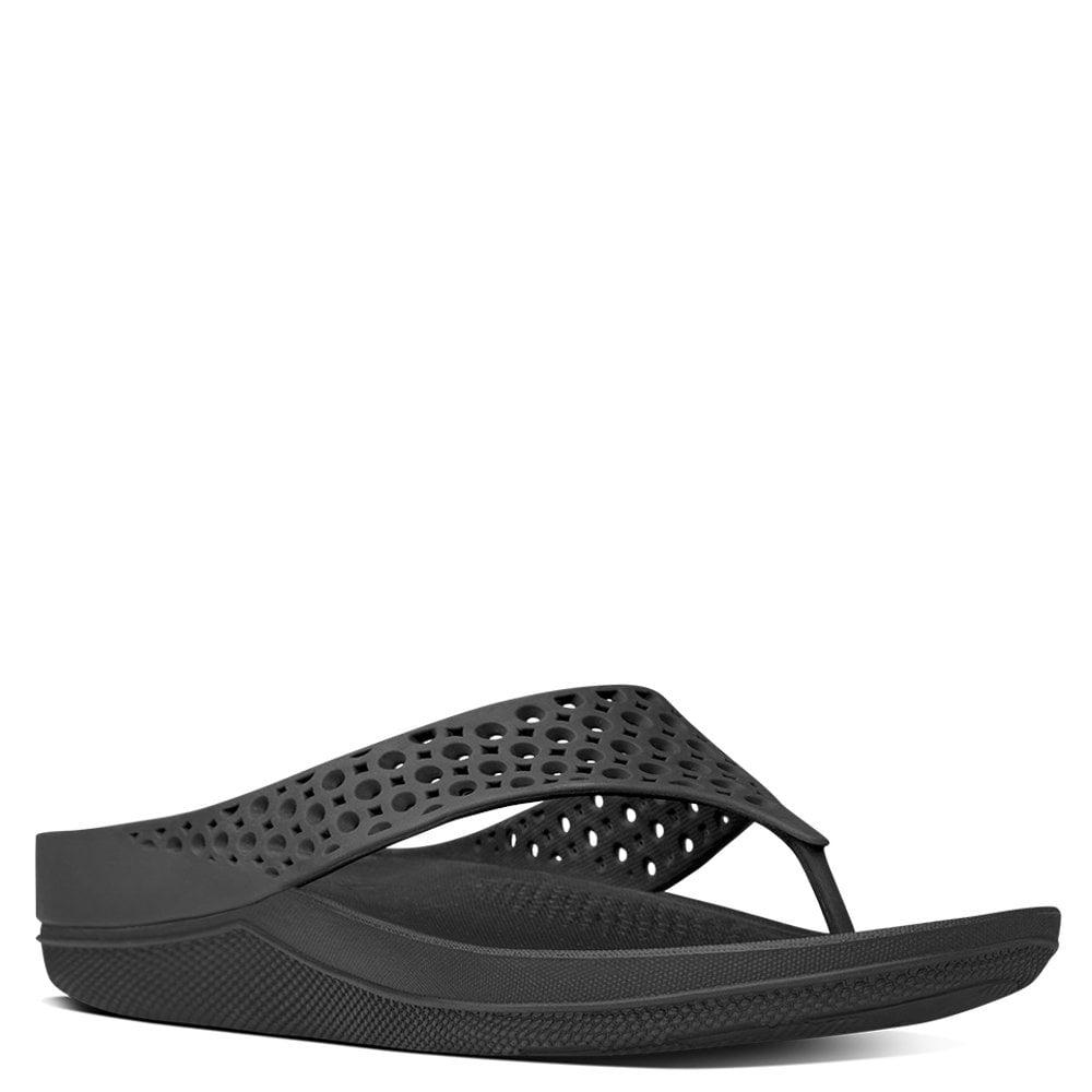 116632bdd840 Fitflop - Ringer Superlight Black Jelly Flip Flops - Lyst. View fullscreen