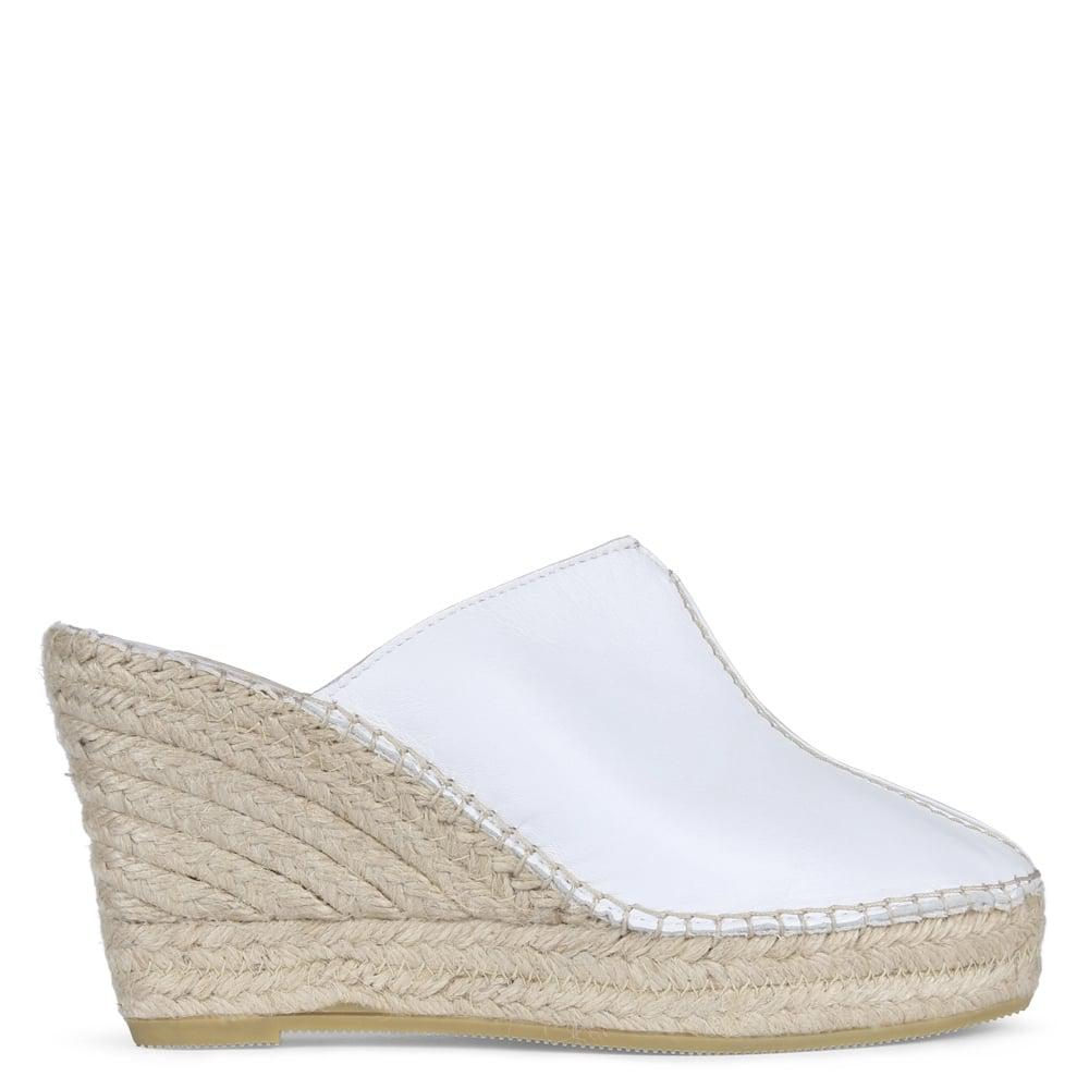 Lyst Vidorreta Vitex White Leather Closed Toe Wedge