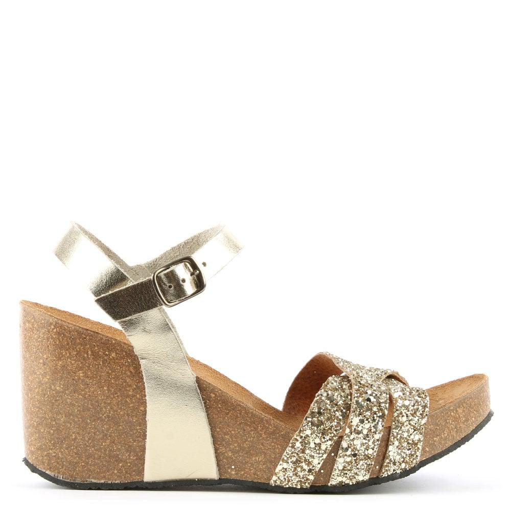 521fc9ef1d1622 Daniel Beverlywood Gold Leather Glitter Wedge Sandal in Metallic - Lyst