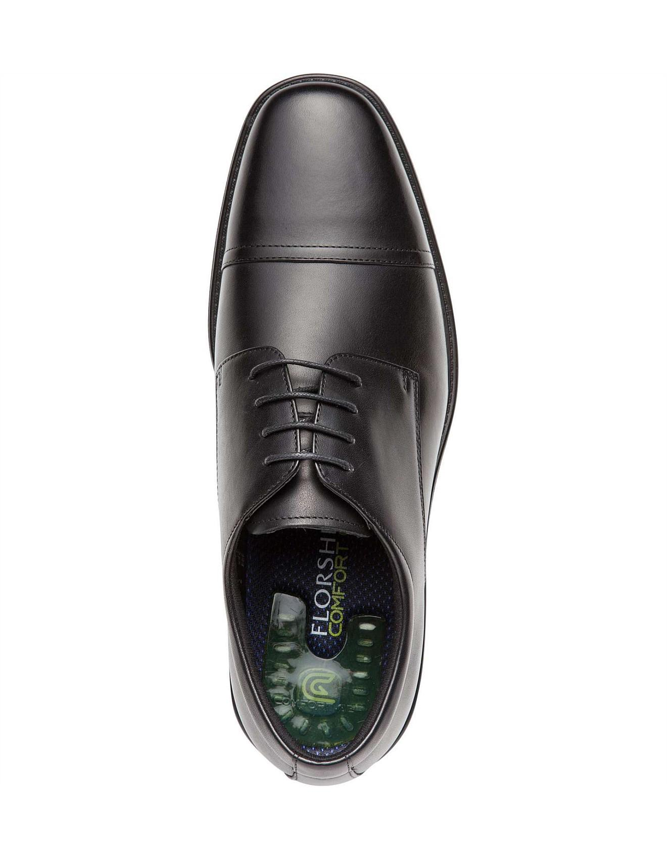 102f5683dfb4 Florsheim Transit W Wide Fit Toe Cap 4 Hole Derby in Black for Men ...