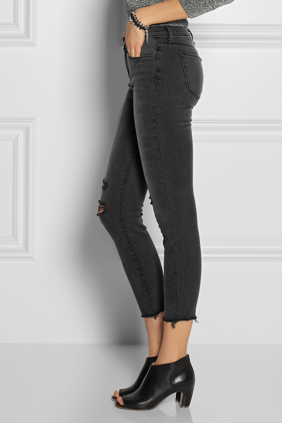 J brand Photo Ready Cropped Skinny Jeans in Black | Lyst - photo #21