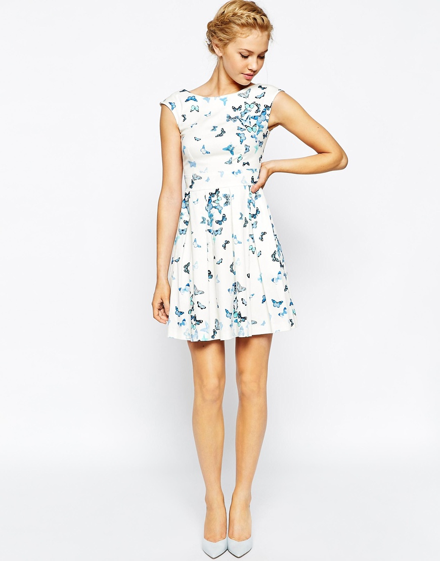 457ce43a83 Lyst - Closet Pleated Skater Dress In Butterfly Print in Blue