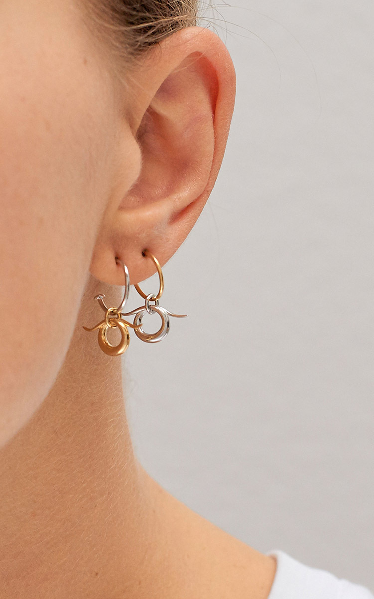 convertimage all medium oreille chesnais d show boucle saturn i charlotte collection saturne earrings