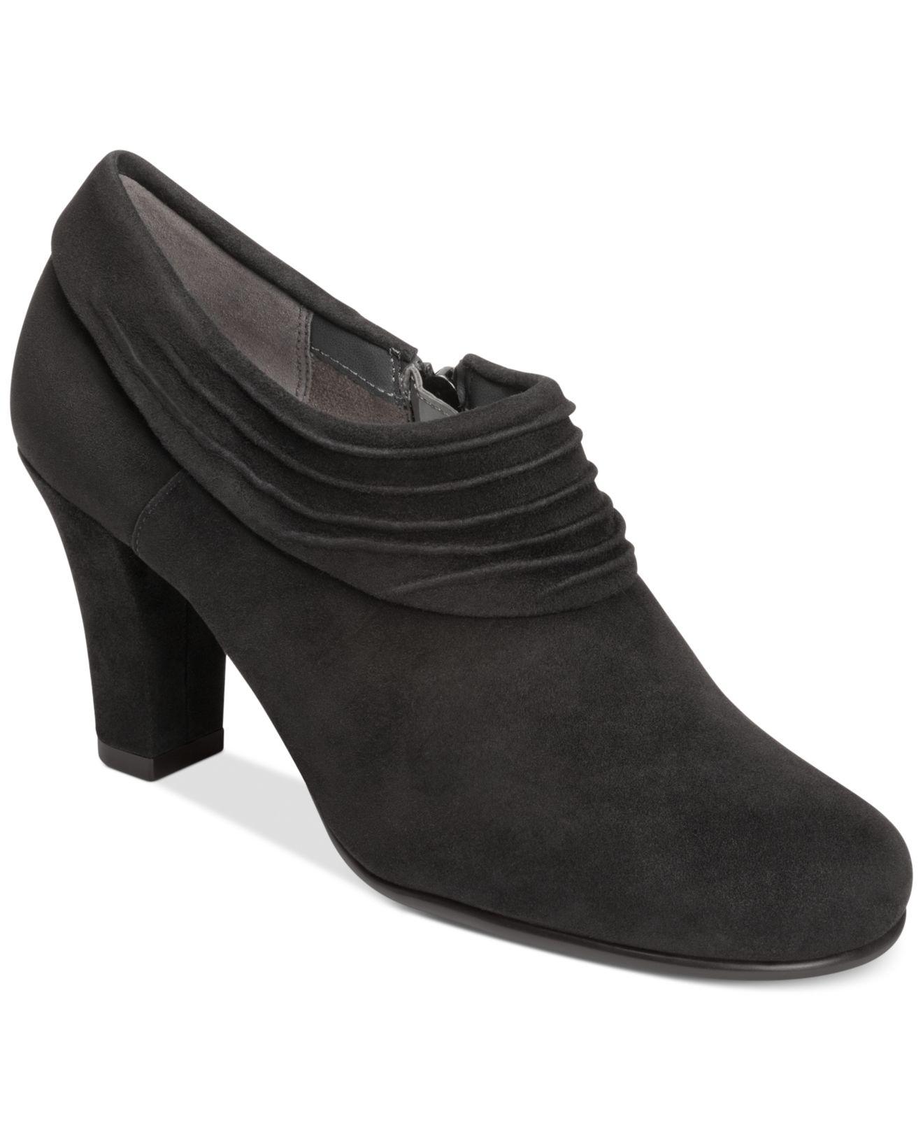 Black  In Heel Closed Toe Shoes Aerosoles