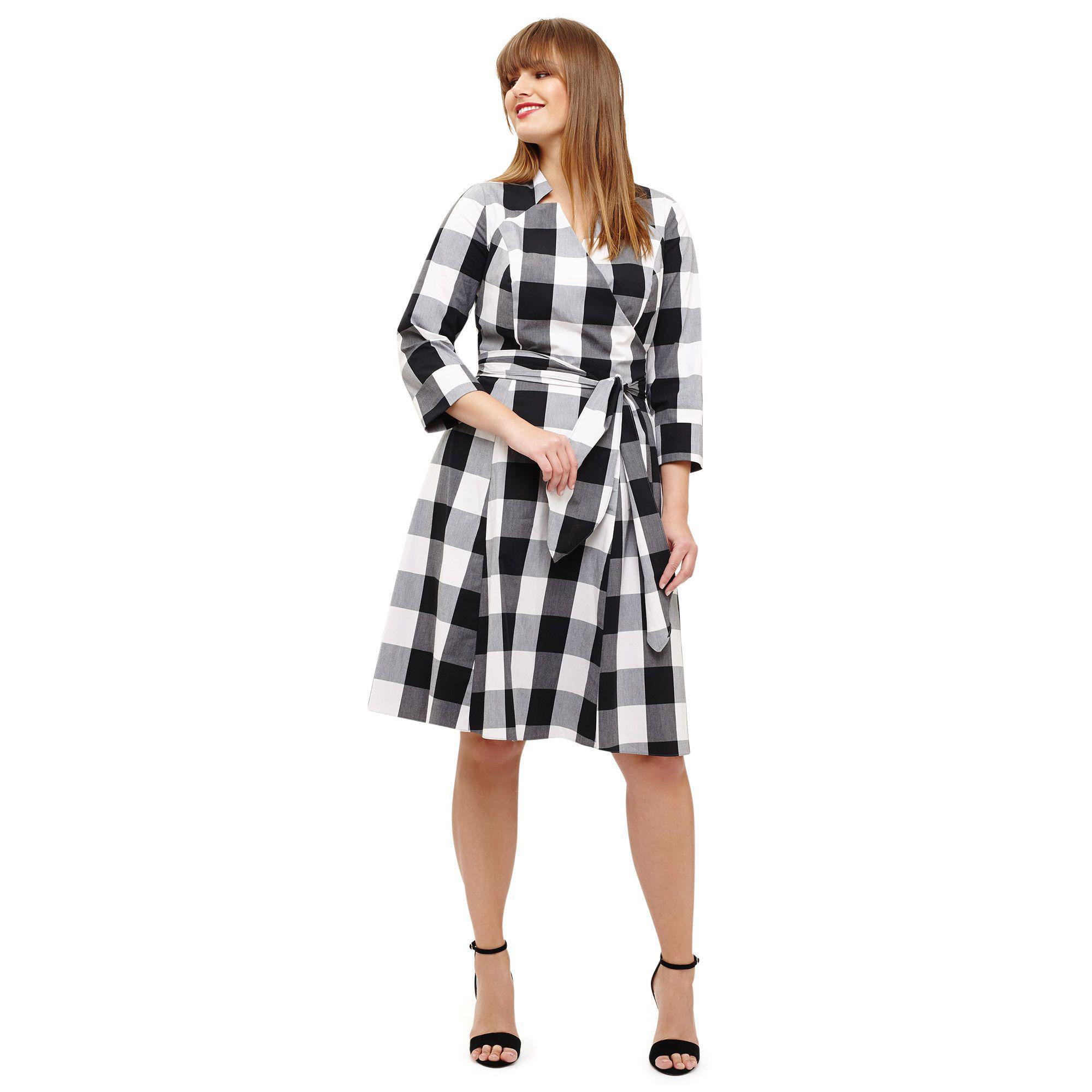 40c1d5ec3ed91 Studio 8 Sizes 12-26 Black Alice Gingham Dress in Black - Lyst
