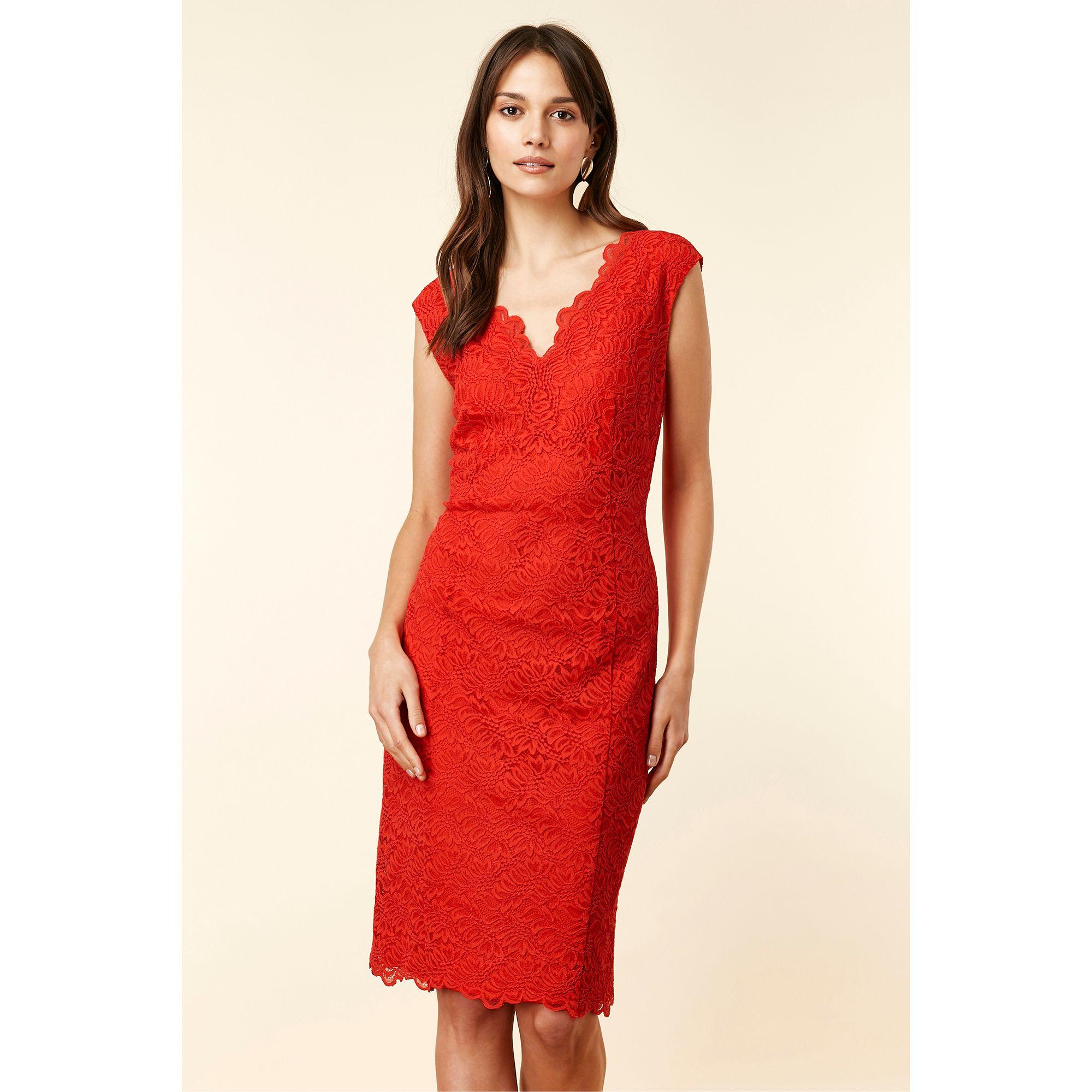 Wallis Red Scallop V Neck Lace Shift Dress in Red - Lyst 214299c09