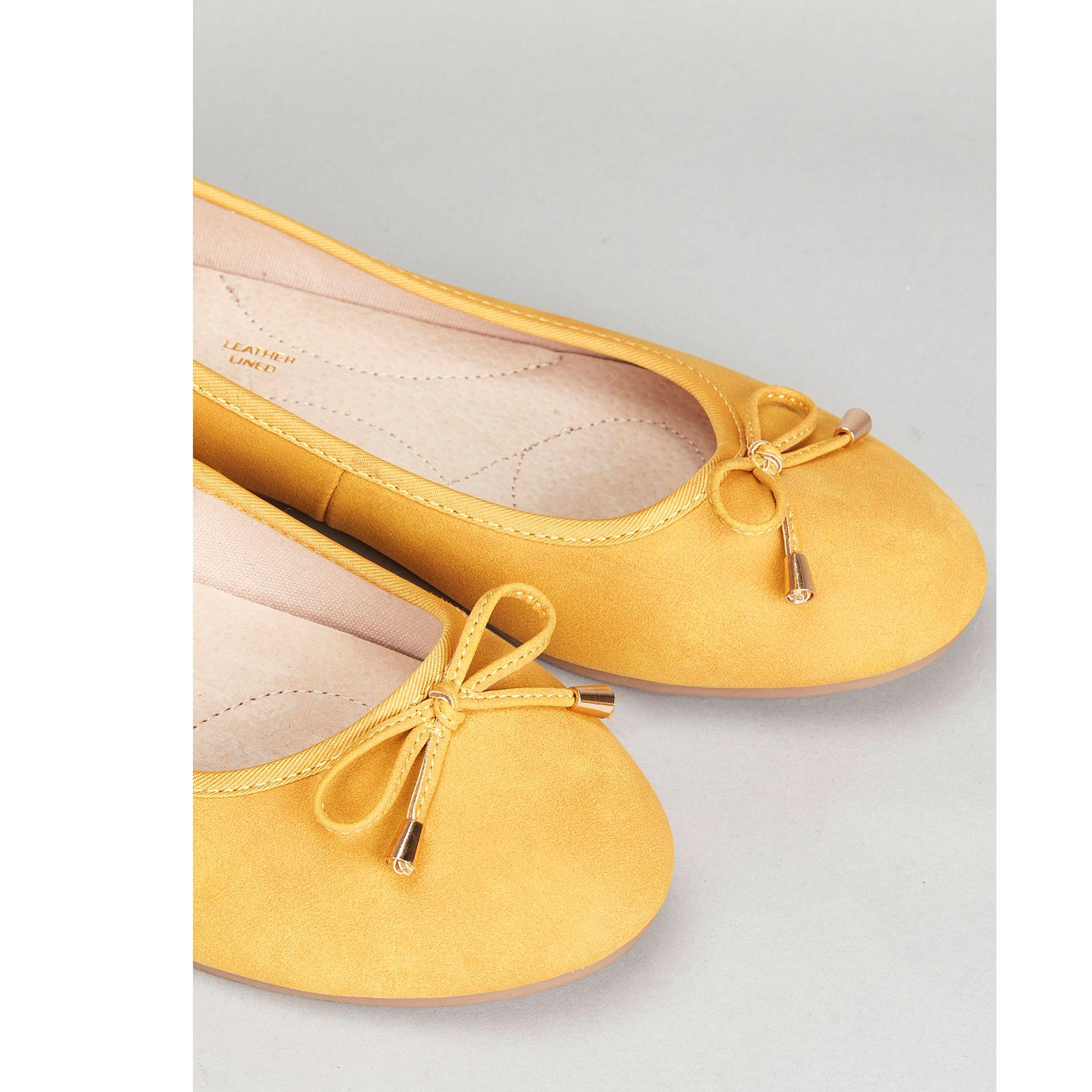 8f43dccb evans-designer-Yellow-Wide-Fit-Yellow-Bow-Ballerina-Shoes.jpeg