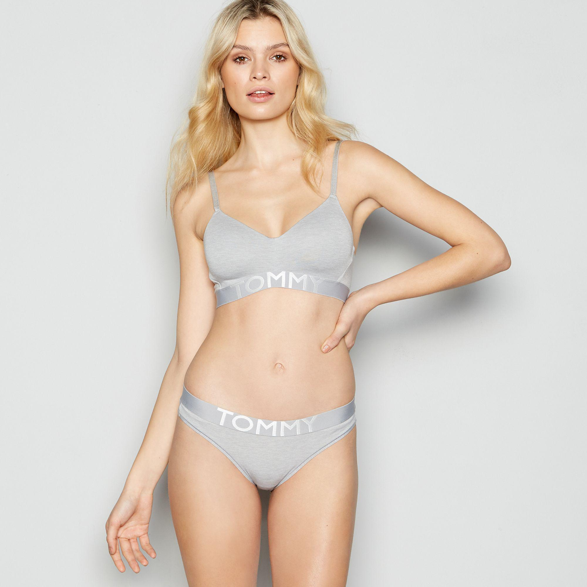 0986cb9334 Tommy Hilfiger - Gray Grey  minimal  Non-wired Padded Bralette - Lyst. View  fullscreen