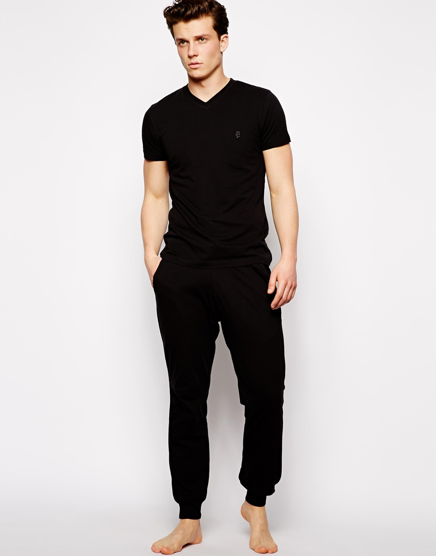 black pants with black shirt artee shirt
