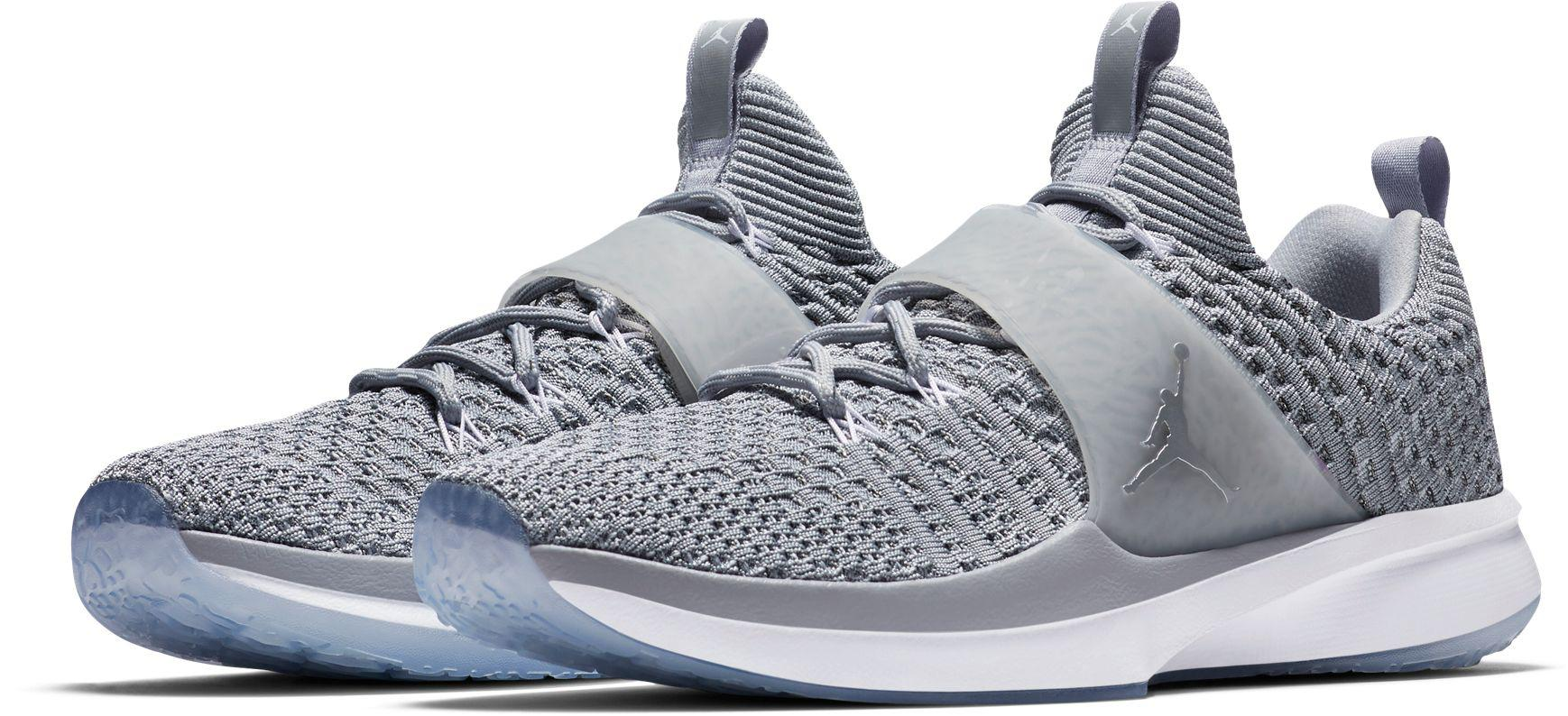 Lyst - Nike Trainer 2 Flyknit Training Shoes in Gray for Men e6dd42d69