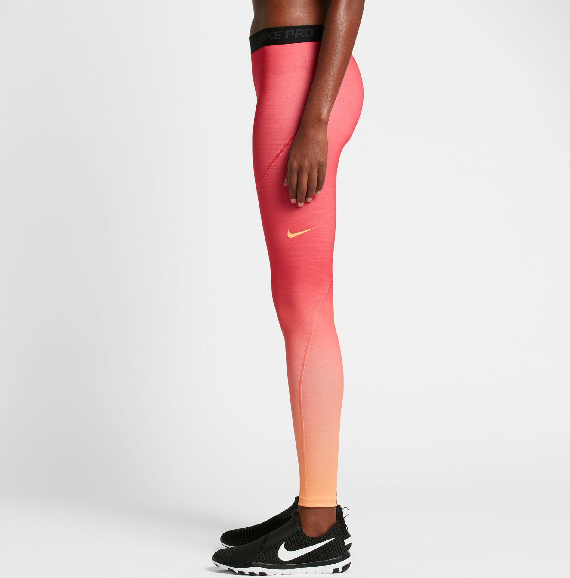 1137706c0c0aa8 Nike Pro Hyperwarm Fade Printed Tights in Red - Lyst
