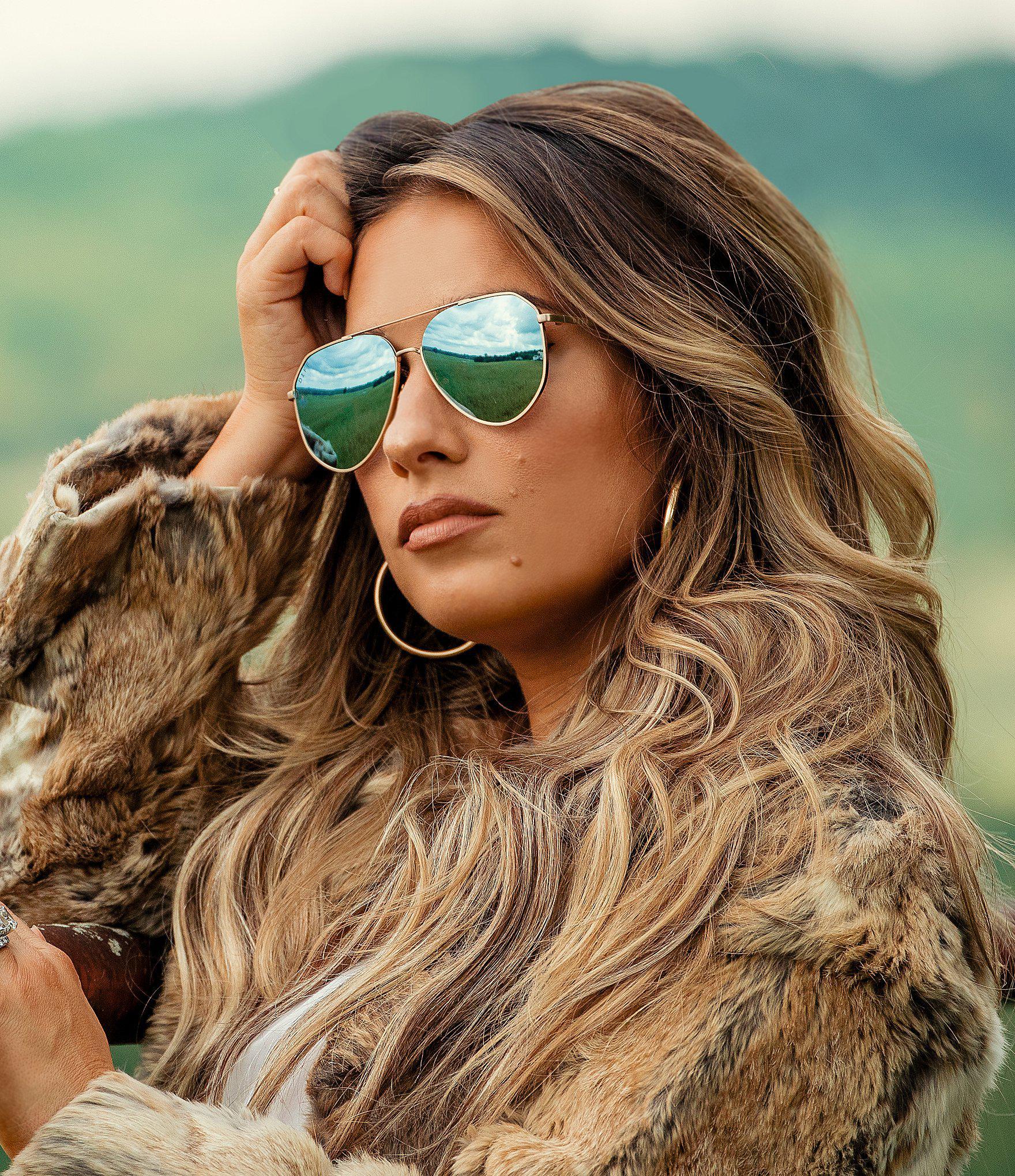 d94168dbb15ee DIFF Jessie James Decker Dash Sunglasses in Metallic - Lyst