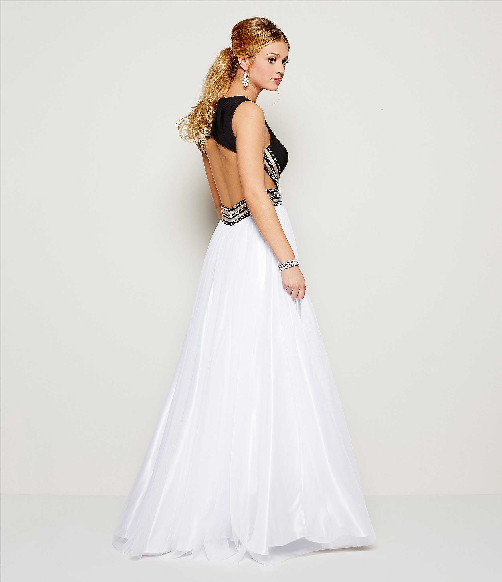 Ball gowns saks fifth avenue gown and dress gallery for Saks wedding dresses