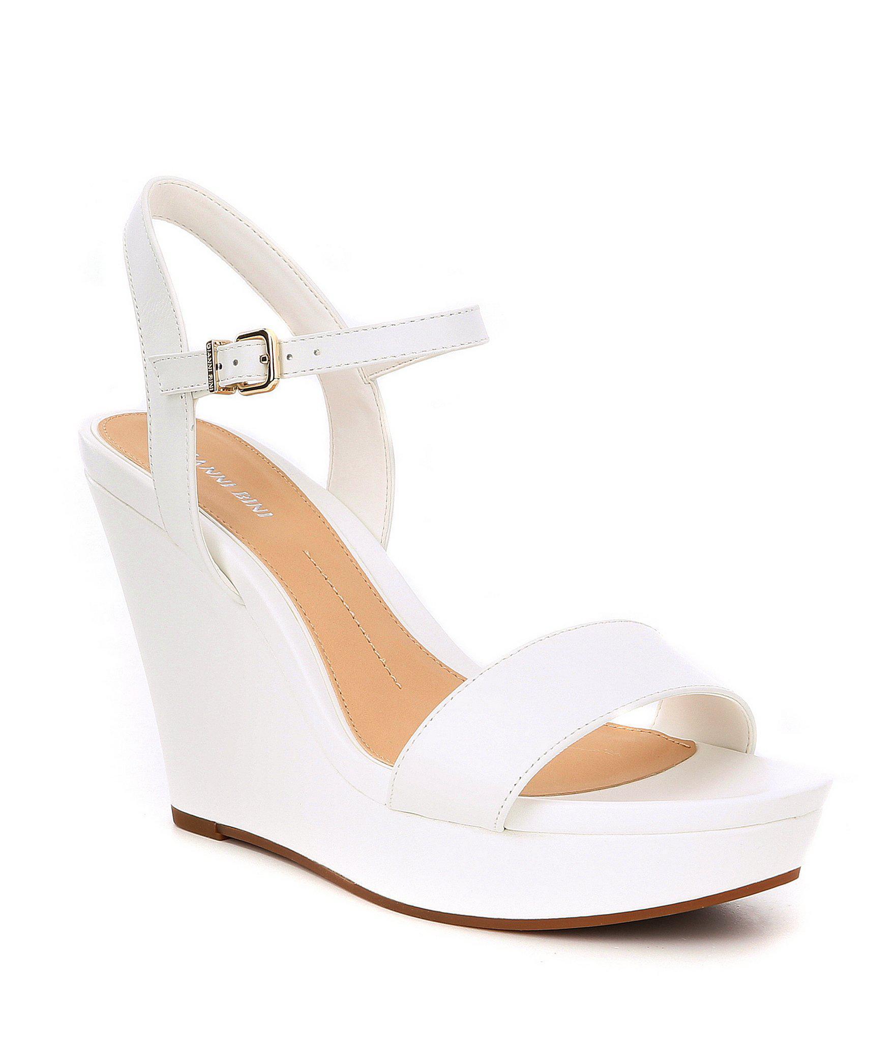 a10d79ab0522 Lyst - Gianni Bini Juudeth Leather Wedges in White