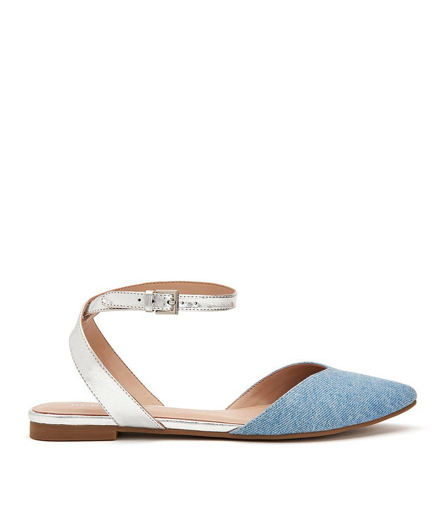 BCBGeneration Mae Metallic Flat