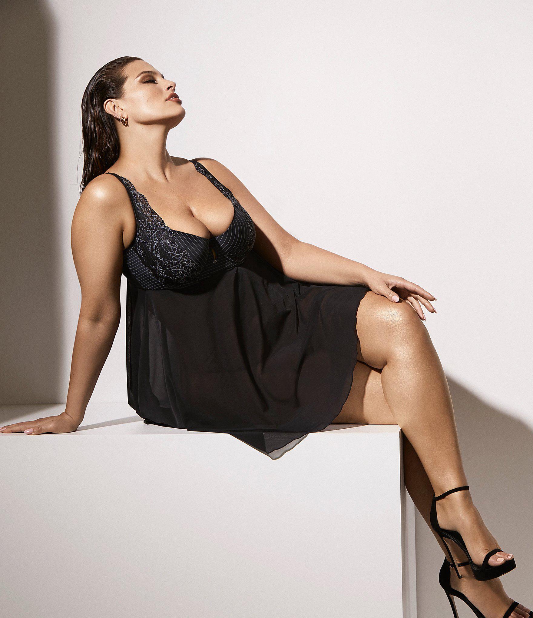 42bc1b89a19 Lyst - Ashley Graham Mesh   Lace Babydoll in Black