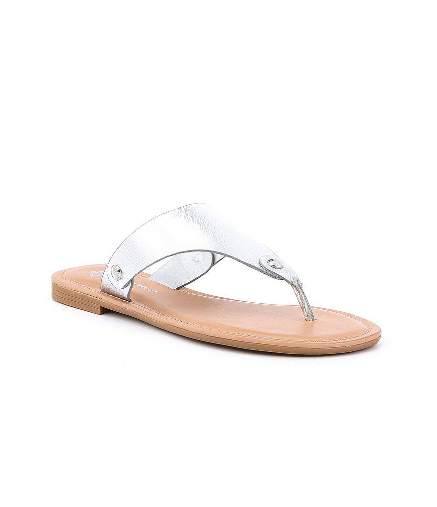 3539915d75d0 Lyst - Antonio Melani Lennore Leather Thong Sandals in Metallic
