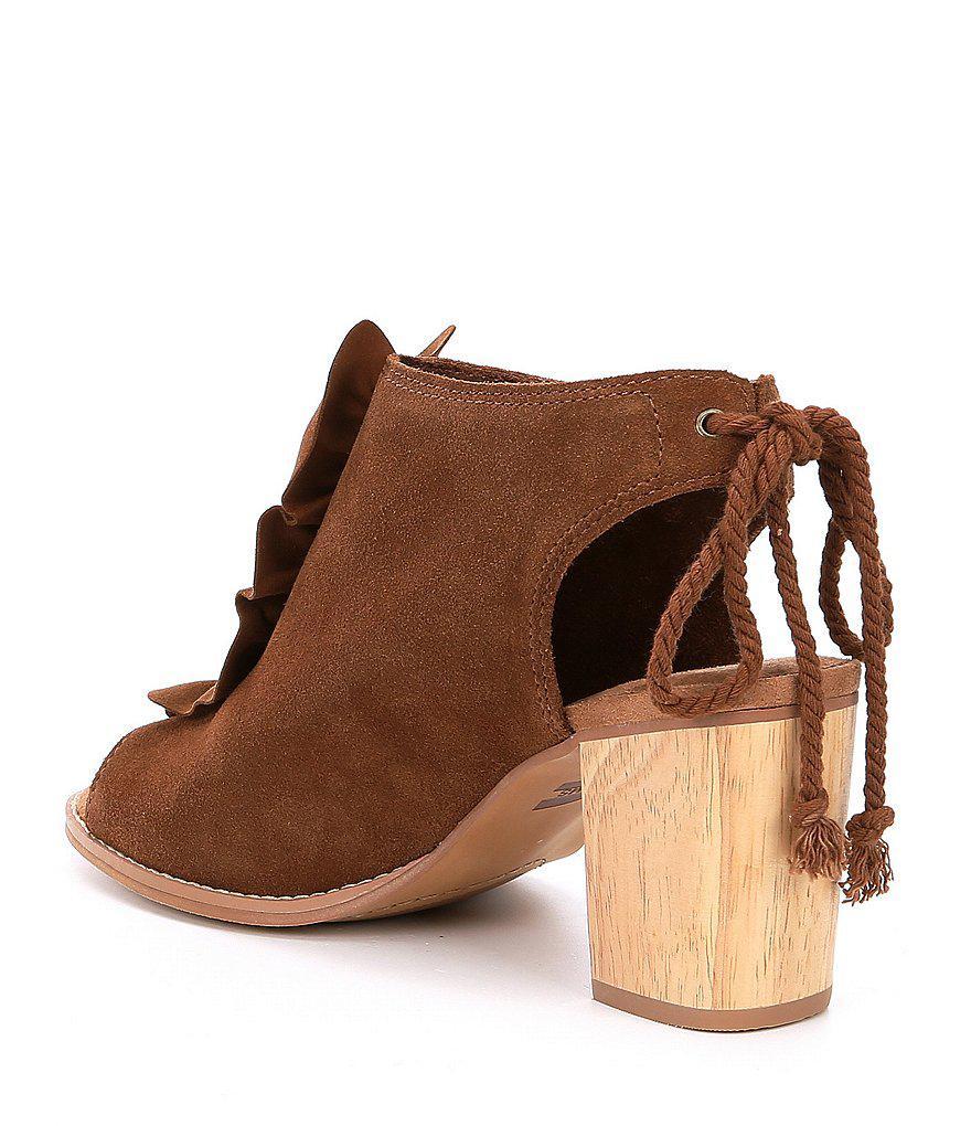 Elba Ruffle Suede Wooden Block Heel Sandals S5wxX