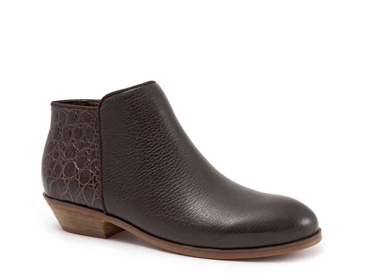 66c694fbf925d9 Lyst - Softwalk® Rocklin Bootie in Brown