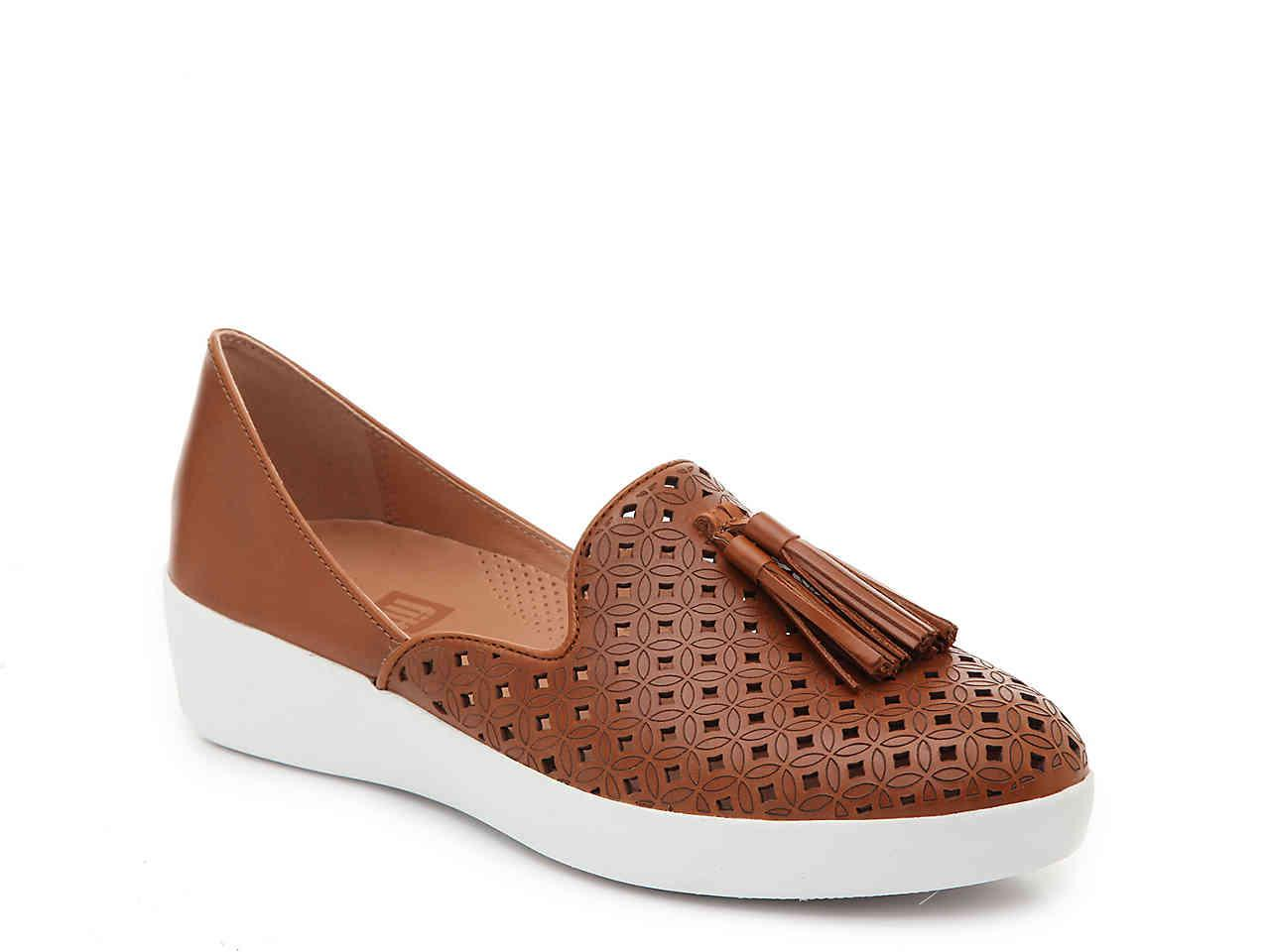 912ab01e45e9 Lyst - Fitflop Tassel Superskate Wedge Loafer in Brown