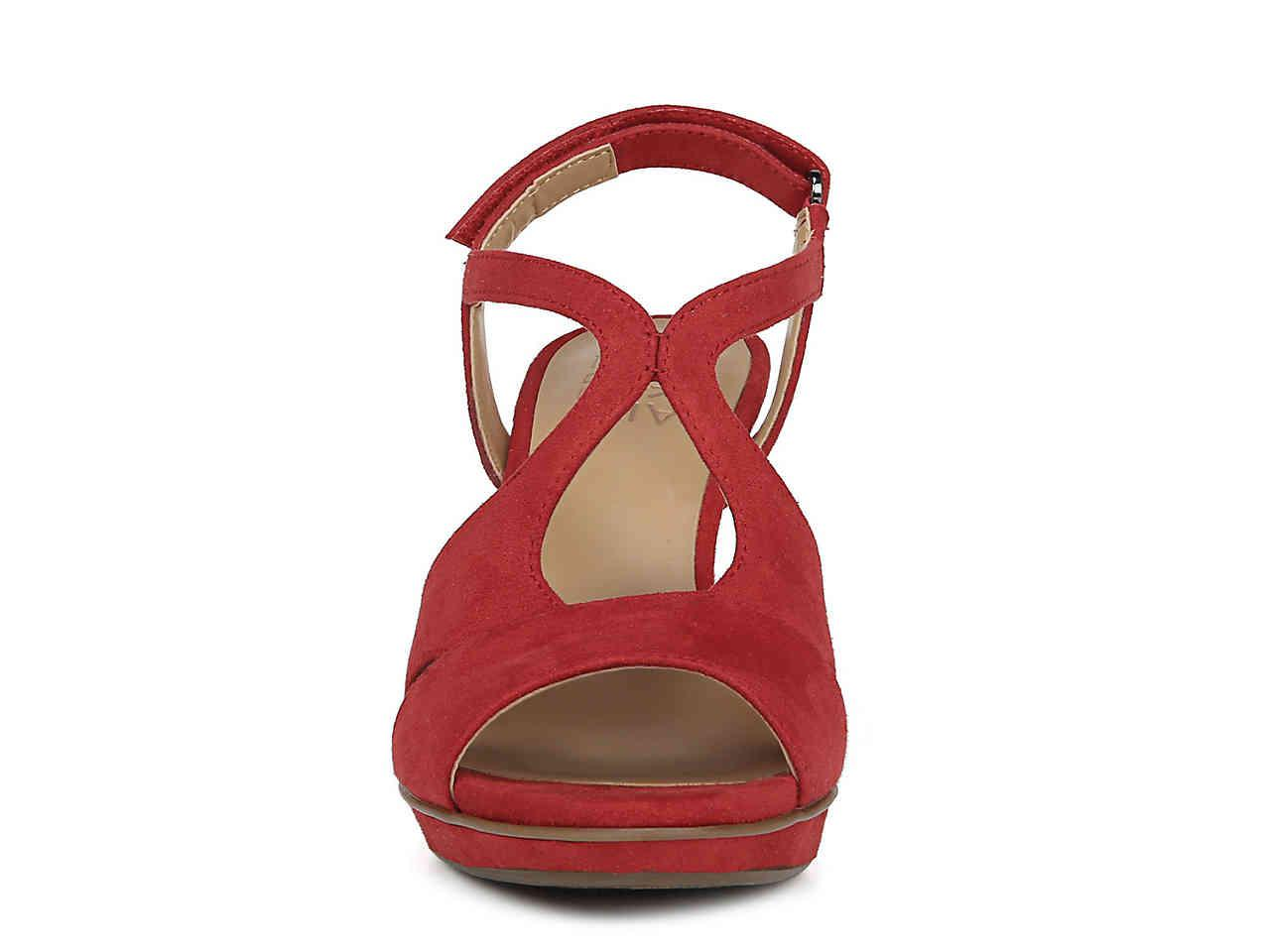 73b84922adf7 Lyst - Naturalizer Dacey Platform Sandal in Red