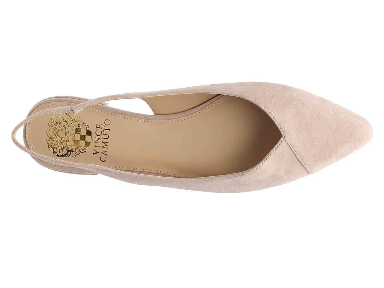 33b9fdbf341 Lyst - Vince Camuto Jasenia Flat in Natural