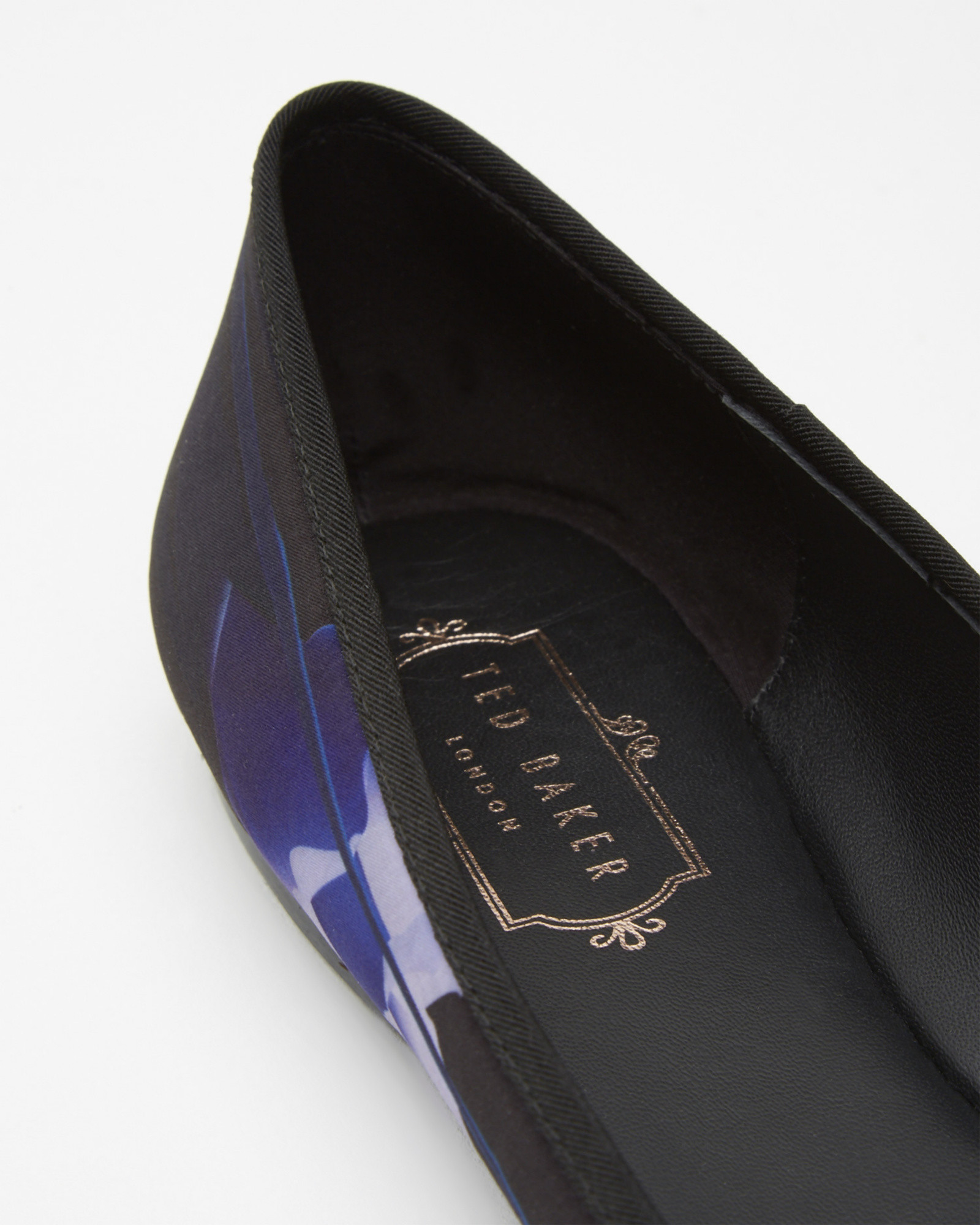 3e3195773 Ted Baker Bow Detail Ballerina Pumps - Lyst